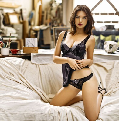 Emily Ratajkowski strips for sultry Yamamay campaign