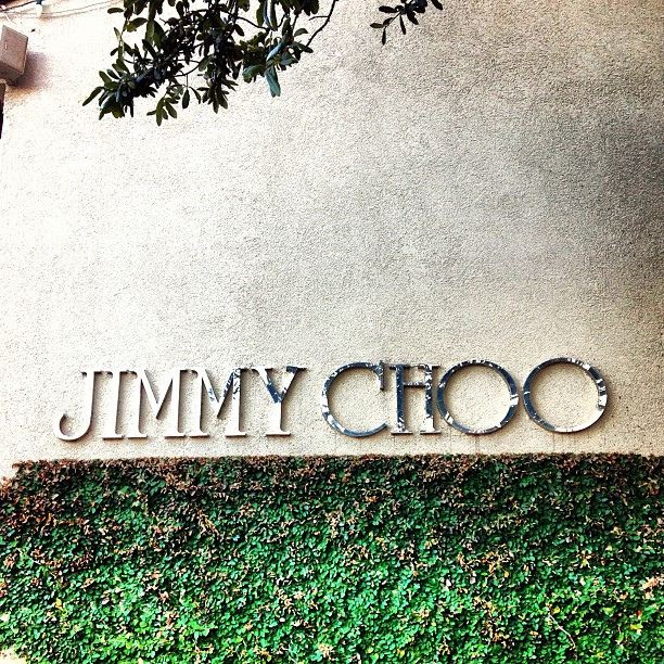 Jimmy Choo plans $1 billion IPO