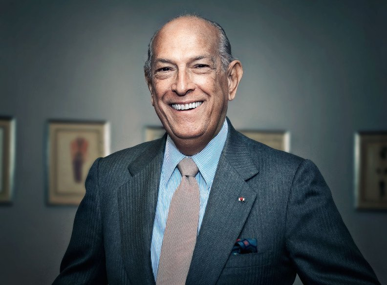 Oscar De La Renta, Legendary Designer, Dies at 82