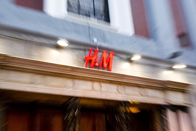 H&M To Open Online Stores In 8 More Countries Next Year
