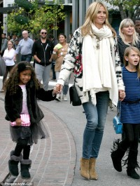 Heidi Klum enjoys a day out with her children at The Grove in Los Angeles