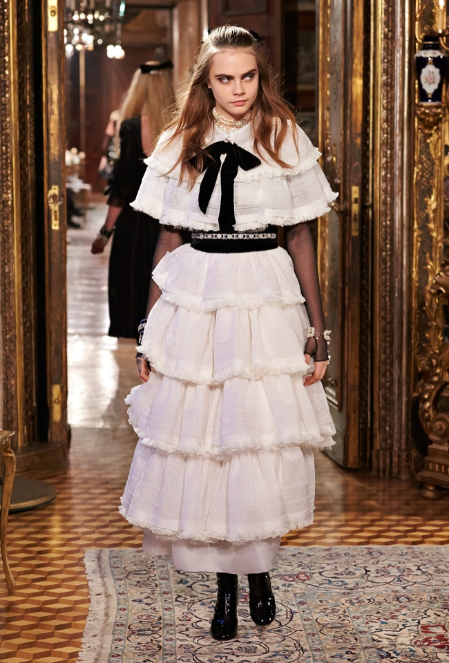 Photos From The Salzburg Chanel Pre Fall 2015 Runway Show: See The Looks