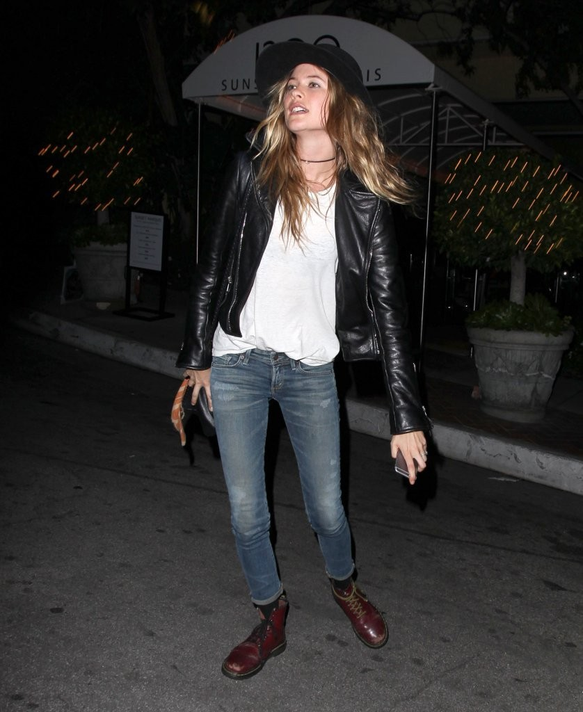 Behati Prinsloo Dines Out In Rocker Casual Getup News The Fmd