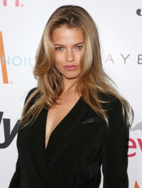 Hailey Clauson wows at the Fashion Los Angeles Awards
