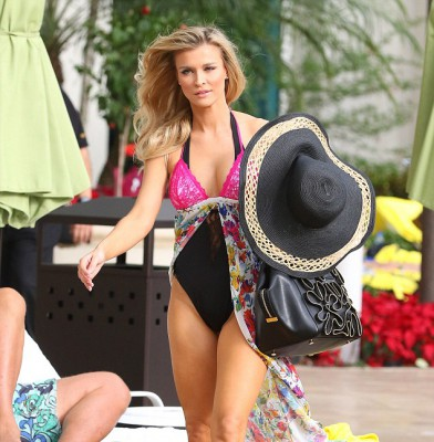 Joanna Krupa shows off her fabulous body in lacy swim ensemble