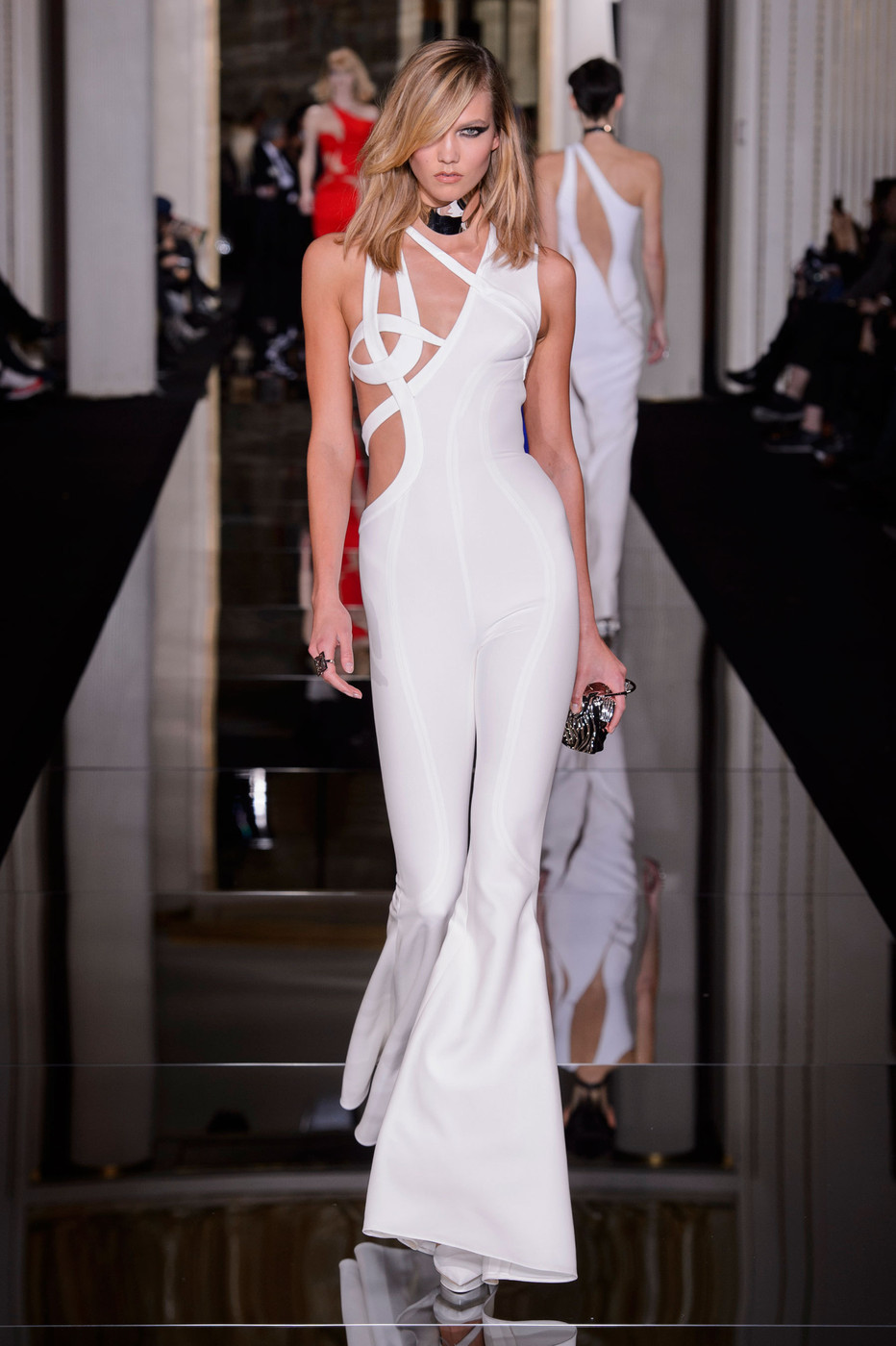 Karlie Kloss nearly bares her modesty during Atelier Versace show