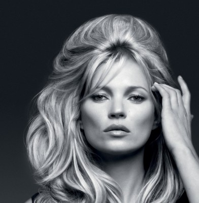 Kate Moss : Four Decades Of Fabulous And As Big As Ever