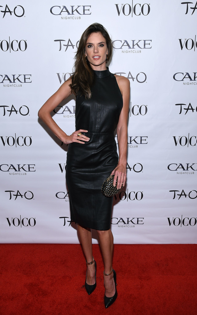 Alessandra Ambrosio stuns in leather LBD at VO|CO event