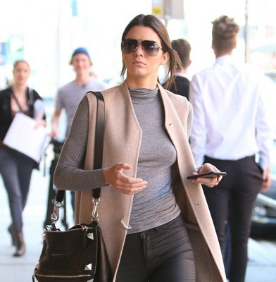 Kendall Jenner hits the town in stylish getup