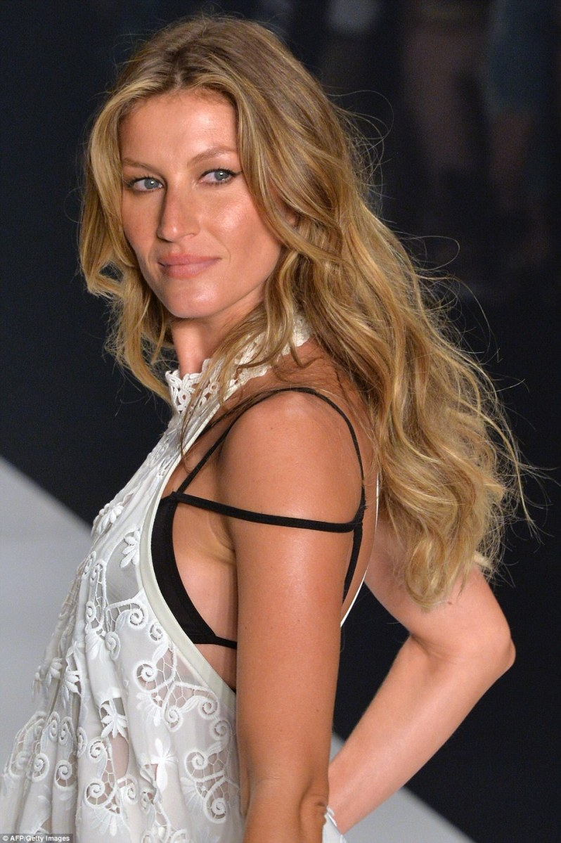 Gisele Bundchen Sashays Down The Catwalk One Last Time