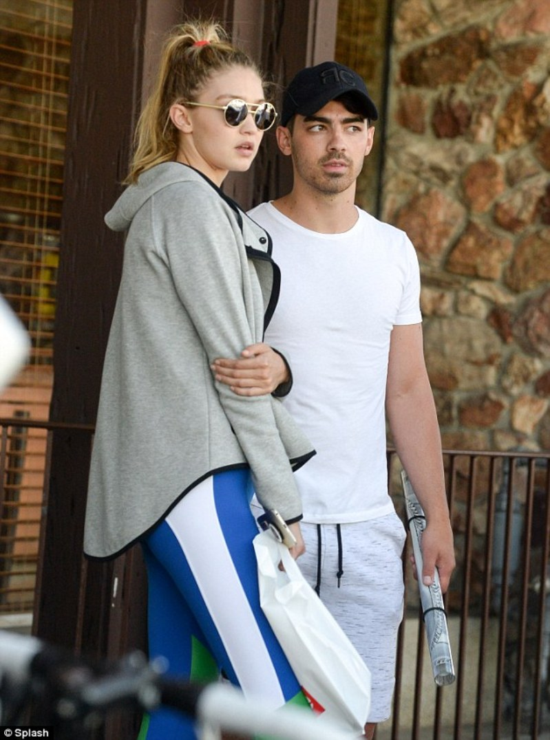 Gigi Hadid & Zayn Malik (new couple)