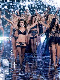 The Victoria\'s Secret Fashion Show Is Returning to New York