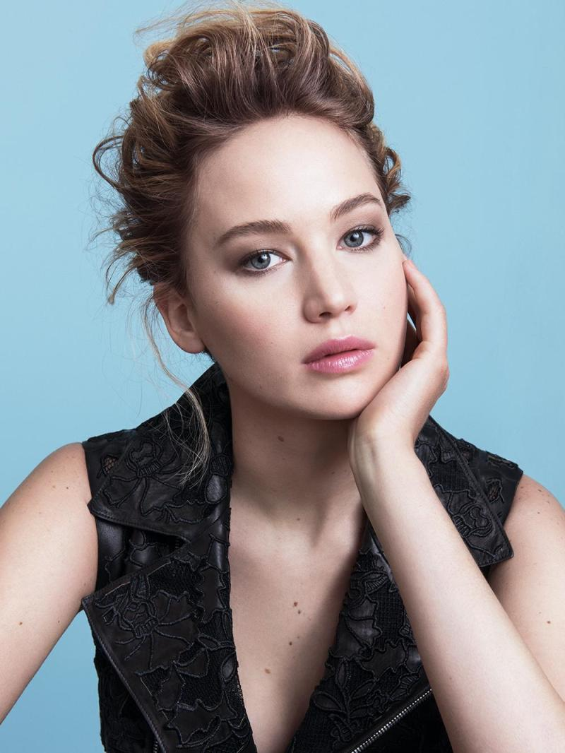 Jennifer Lawrence is the new face of Dior Addict Makeup