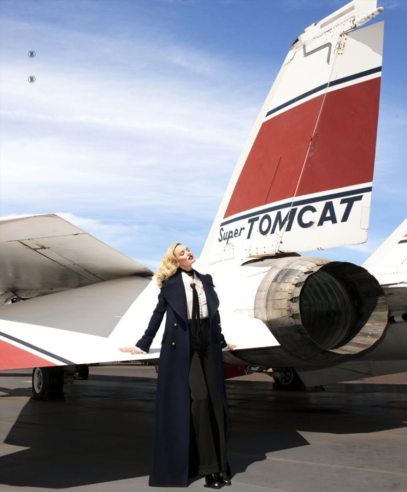 """Candice Swanepoel Goes """"Up In The Air"""" For Harper\'s Bazaar"""
