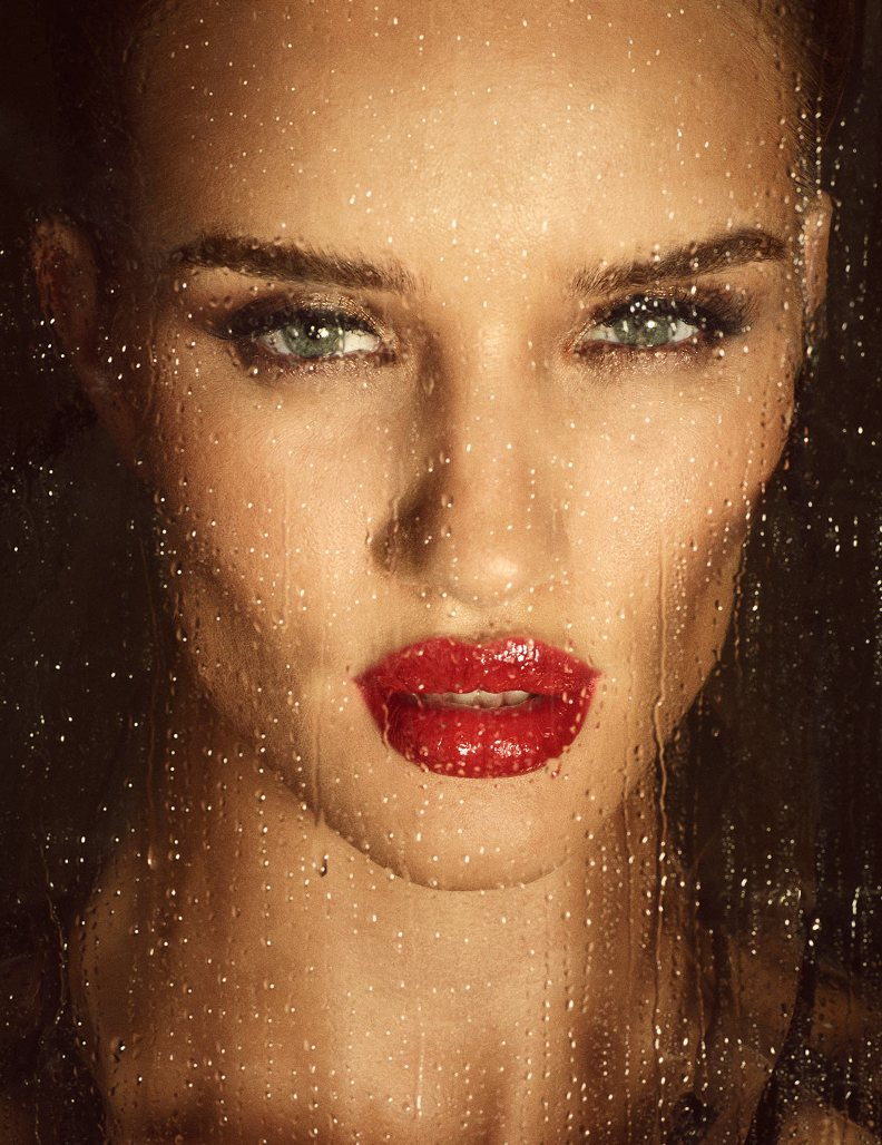 "Rosie Huntington-Whiteley Bares All For French Magazine ""Lui"""