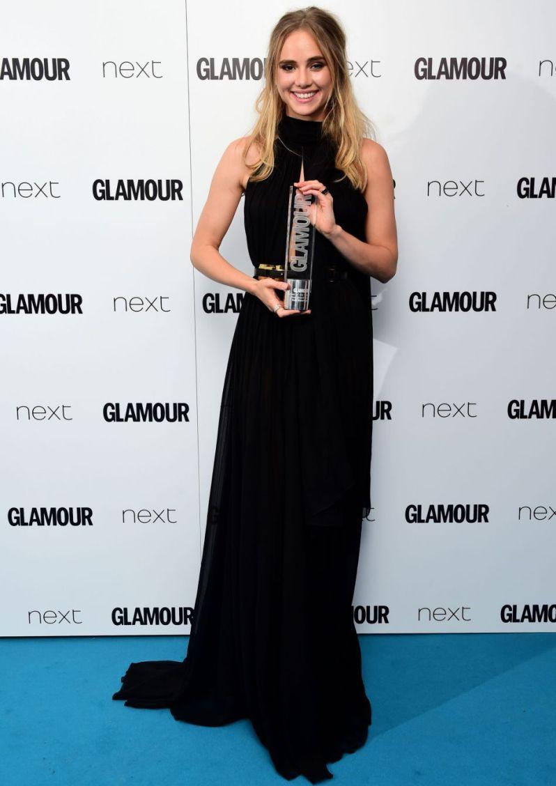 "Suki Waterhouse Wins ""Next Breakthrough"" at Glamour Women of the Year Awards 2015"