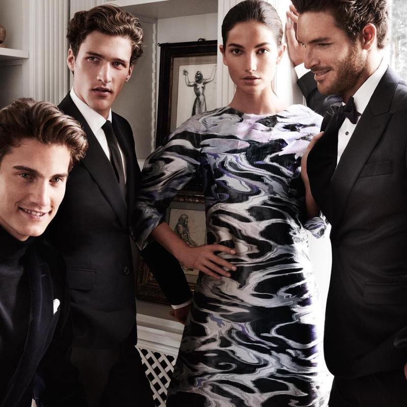 Lily Aldridge Fronts Carolina Herrera\'s Fall 2015 Ad Campaign