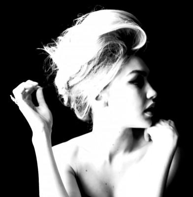 Gigi Hadid Oozes Glam For W Magazine\'s September Issue