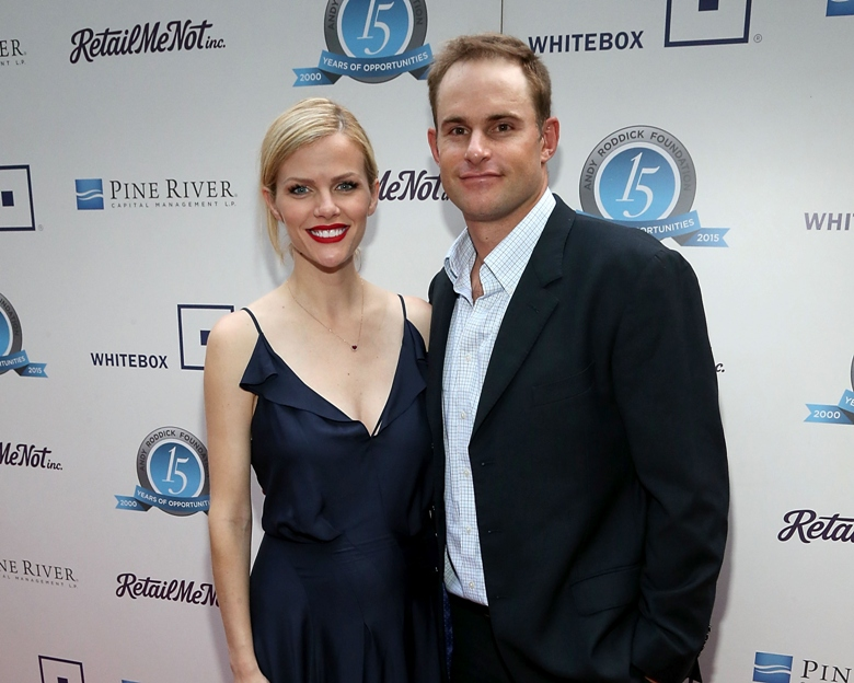 Brooklyn Decker Welcomes First Child With Husband Andy Roddick