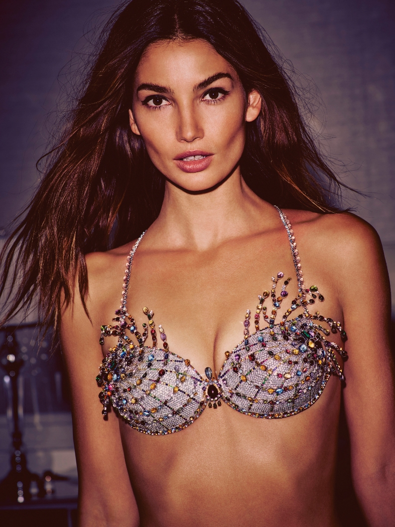 Lily Aldridge To Model $2 Million Fantasy Bra During Victoria\'s Secret Fashion Show