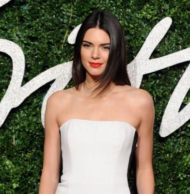 Kendall Jenner lands a Victoria\'s Secret Fashion Show spot