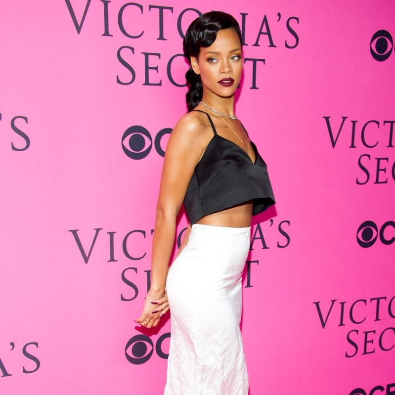 Rihanna Cancels Performance at the Victoria\'s Secret Fashion Show
