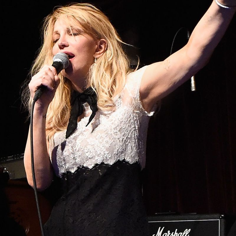 Courtney Love To Launch 90\'s Inspired Fashion Collection