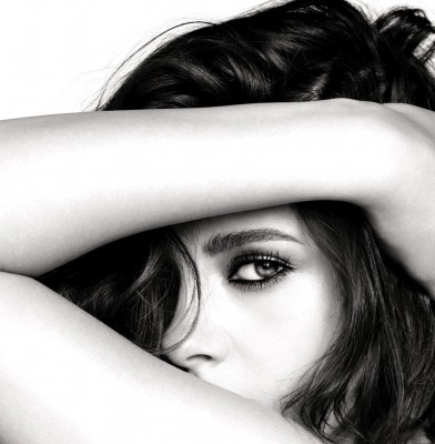 Kristen Stewart Stars In Chanel\'s New Beauty Campaign
