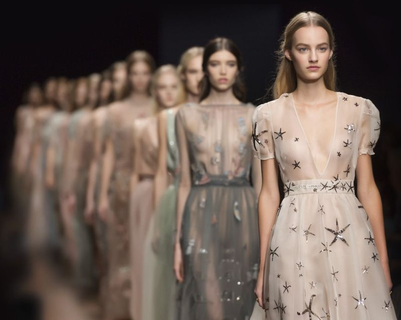 Valentino Profits Hits $1 Billion