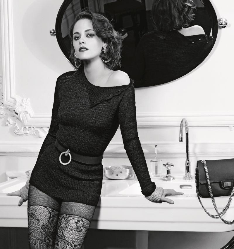 Kristen Stewart Stars In Chanel\'s Paris In Rome Campaign