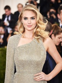 Kate Upton Is Engaged