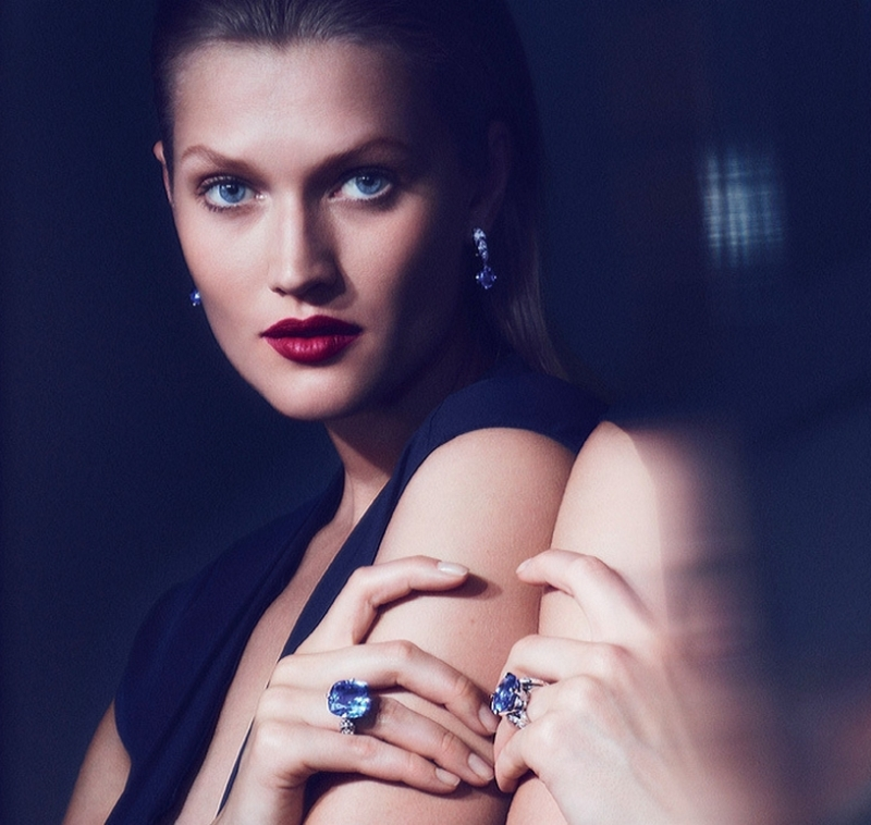 Toni Garrn is the face of Cartier\'s new collection