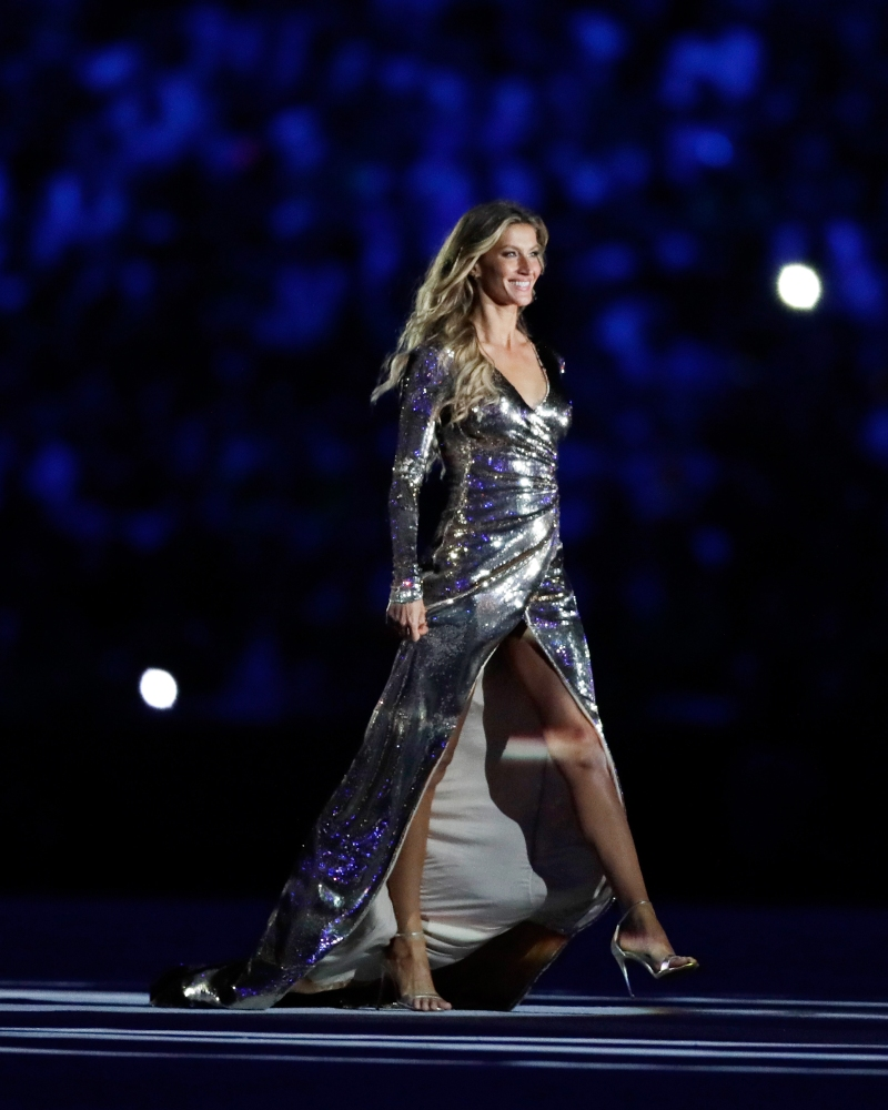 Gisele Bundchen Dazzles at Olympic opening