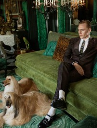 Tom Hiddleston fronts new Gucci Cruise campaign