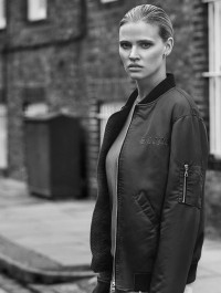 Lara Stone designs Capsule Collection for Frame