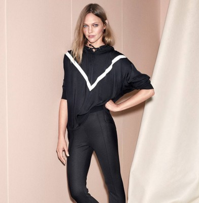Sasha Pivovarova presents Pre-Spring collection from H & M