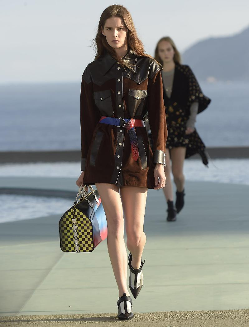Louis Vuitton Cruise 2018 Show to be held in Japan