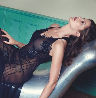 Stephanie Seymour launches lingerie collection