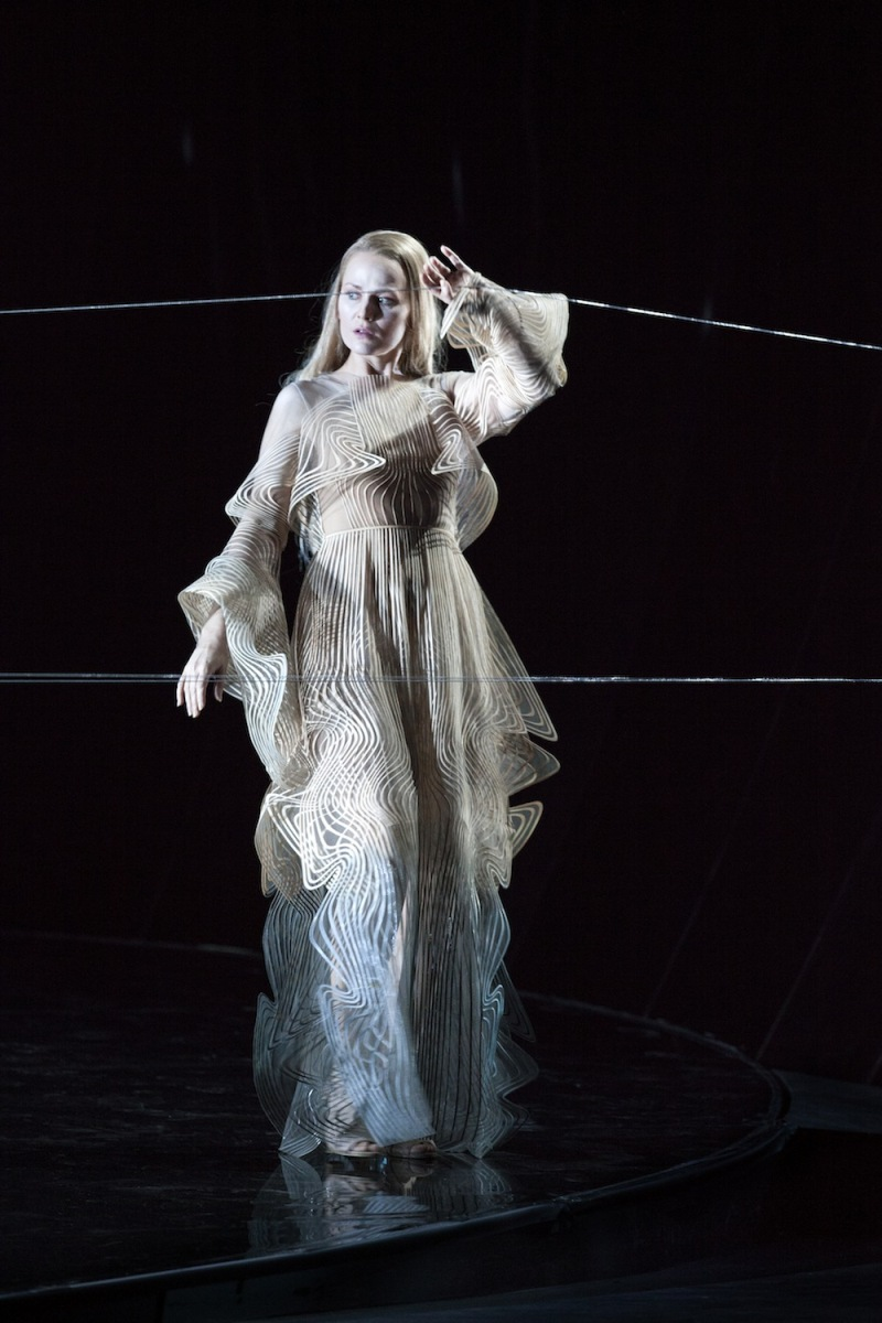 Iris van Herpen designs costumes for the Anvers Opera