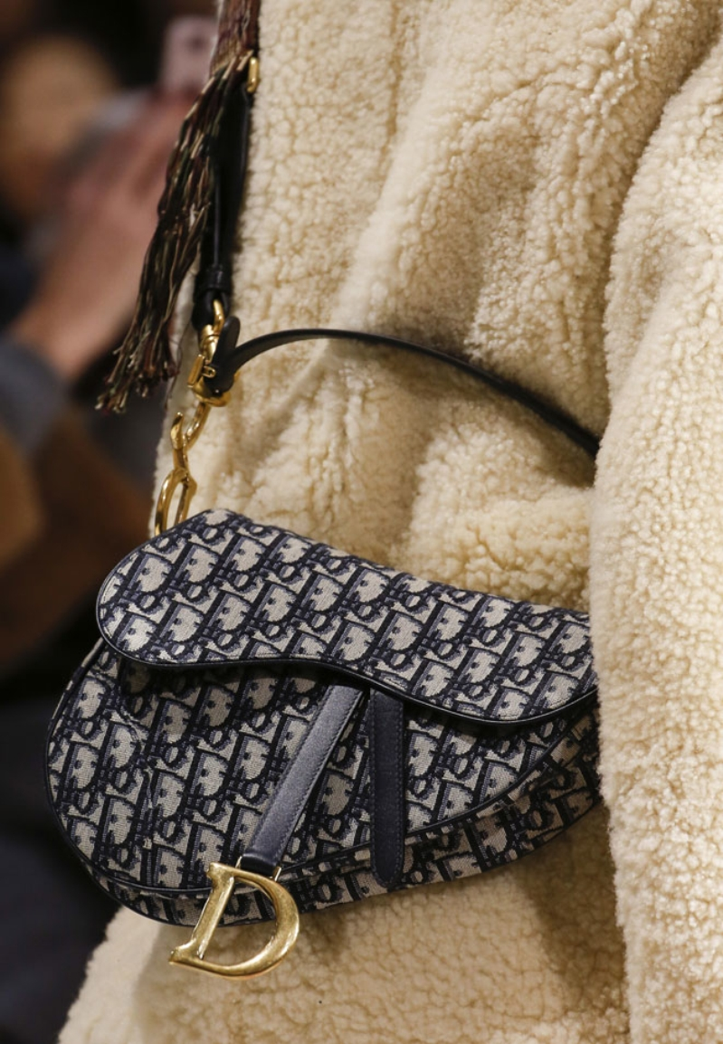 Dior brings back the Iconic Saddle Bag