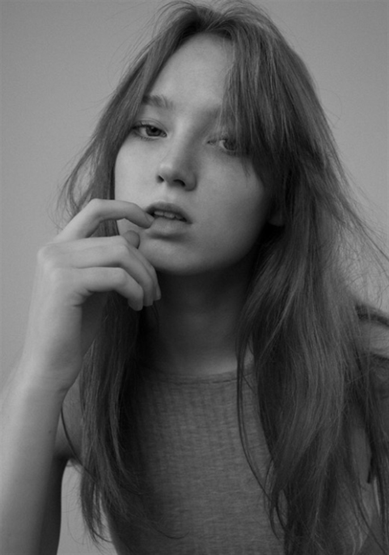 In Conversation With Model Louisa Roehr, The Upcoming Talent You\'ll Want To Know