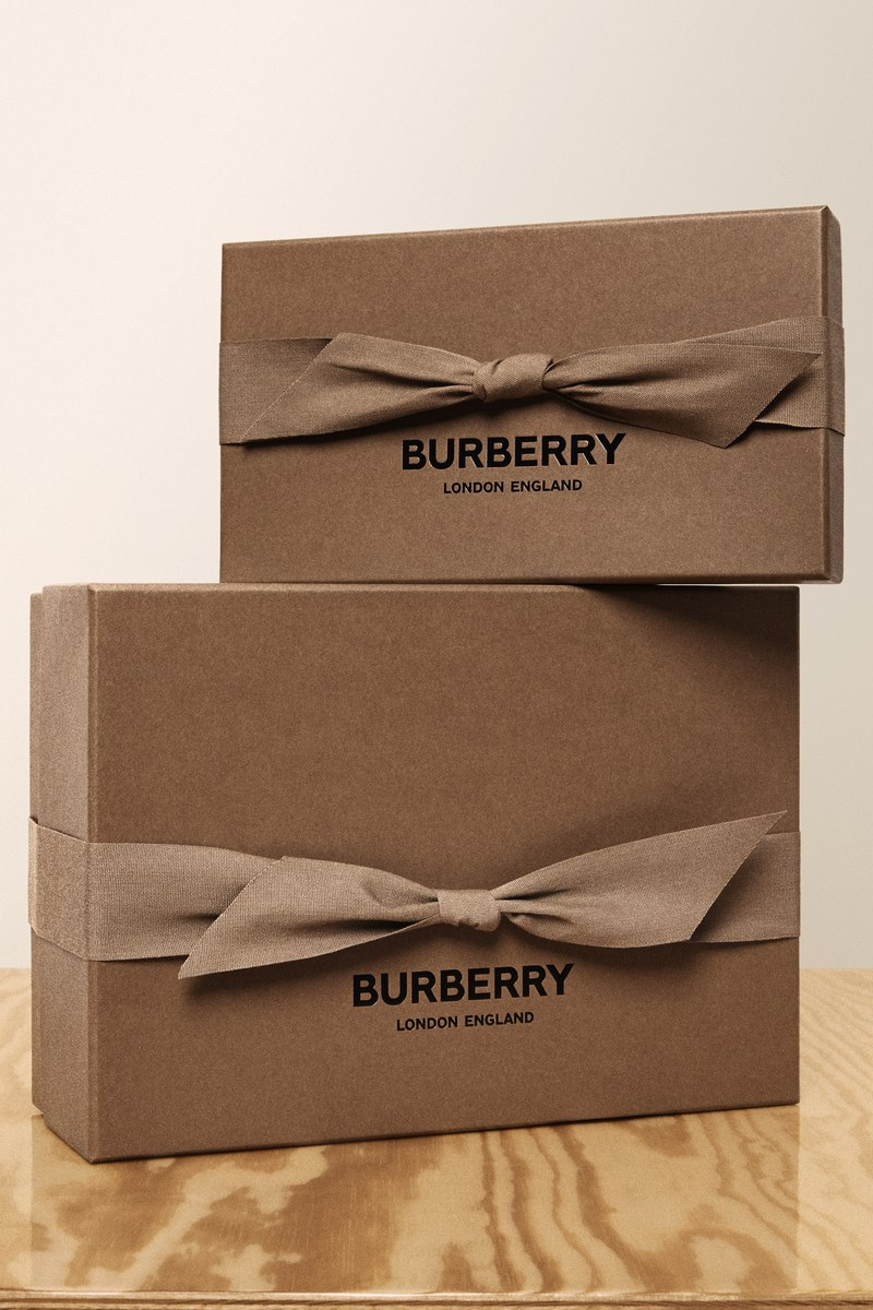 Burberry pledges to stop using plastic by 2025