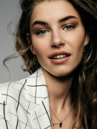 Model Of The Week: Johanna Schapfeld
