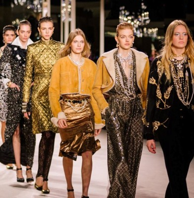 Chanel pays tribute to its Parisian roots during the Metiers d\'Art show