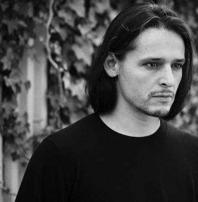 Olivier Theyskens is Azzaro\'s new artistic director