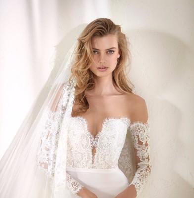 Pronovias gifts Wedding Dresses to Engaged Hospital Staff