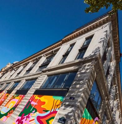 Louis Vuitton gives its Paris headquarters an uplifting mural