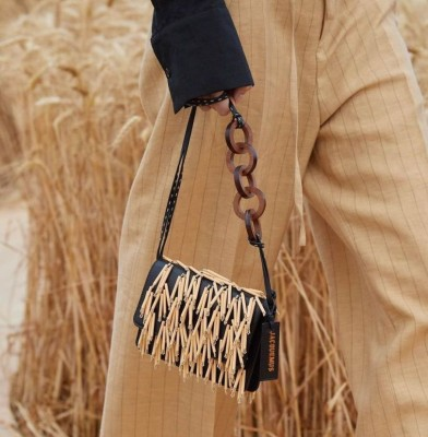 Jacquemus showcases its Spring / Summer 2021 collection in a wheat field
