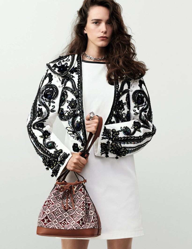 Nicolas Ghesquiere turns photographer for Louis Vuitton\'s newest Campaign