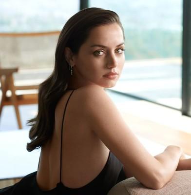Estee Lauder names Ana de Armas as New Global Brand Ambassador